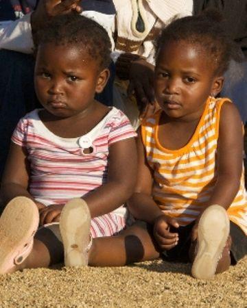 9 africains f 9823655