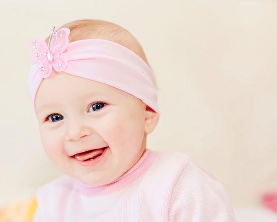 depositphotos 10446638 smiling baby girl