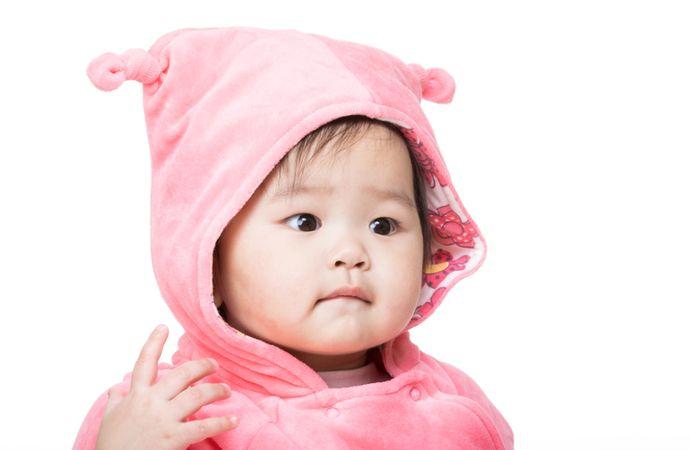depositphotos 45136185 asian baby girl